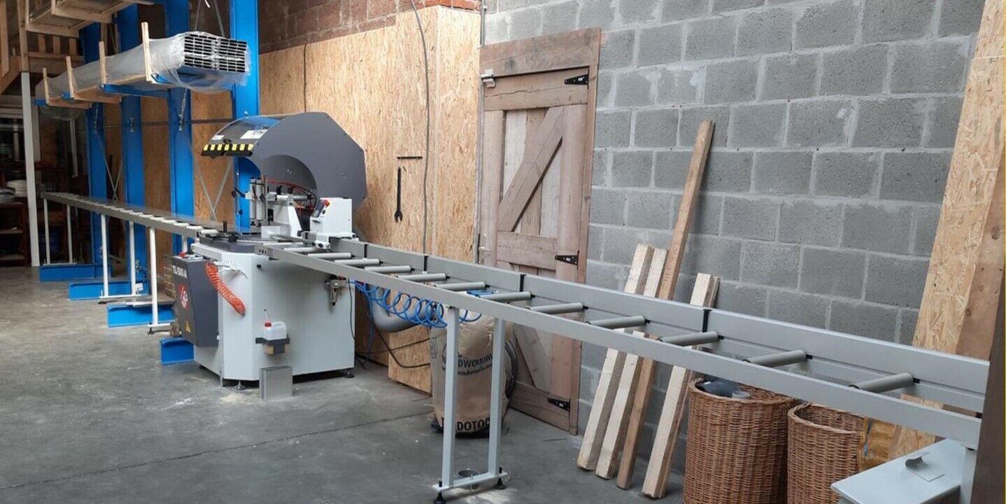 Vivandi koopt nieuwe 1-kops zaagmachine met automatische lengteaanslag