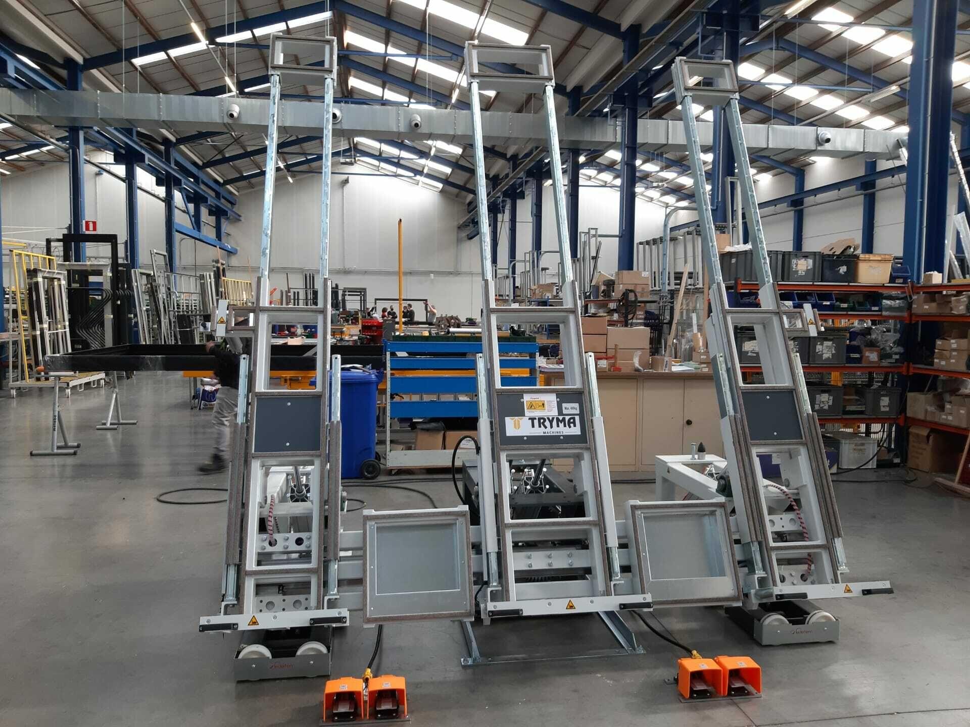 Nieuwe montagetafel voor schuiframen geïnstalleerd bij Naessens Aluminium